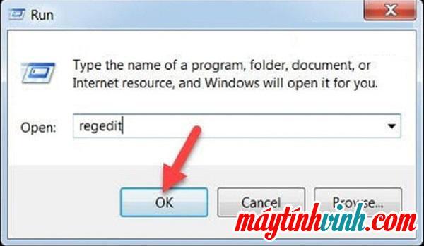 """Sử dụng tổ hợp phím Windows + R -> gõ lệnh regedit -> Enter"""" style=""""width: 600px;"""" title=""""Sử dụng tổ hợp phím Windows + R -> gõ lệnh regedit -> Enter""""></p> <p><b>Bước 2</b> : Nếu có yêu cầu xác nhận từ hệ thống hiển thị trên màn hình máy tính về sự cố truy cập <b><span>Trình chỉnh sửa sổ đăng ký</span></b>.  Vui lòng chọn để nhập <b><span>Đúng</span></b>    để tiếp tục quá trình.</p> <p style="""