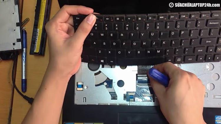 Thay bàn phím tại Sửa chữa Laptop 24h