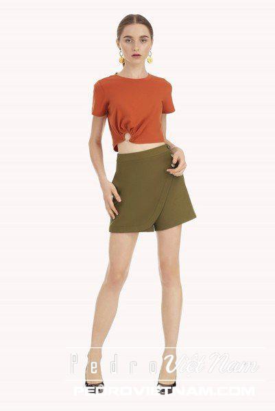 Thiết kế kiểu áo sơ mi ngắn tay cho vai rộng