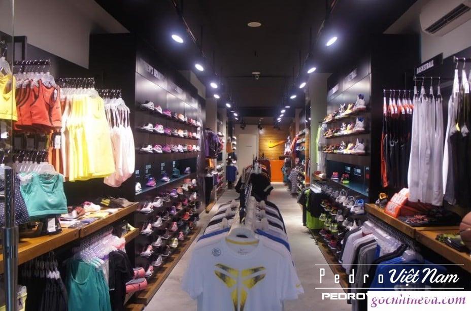 Địa chỉ mua giày Nike chính hãng tại Hà Nội