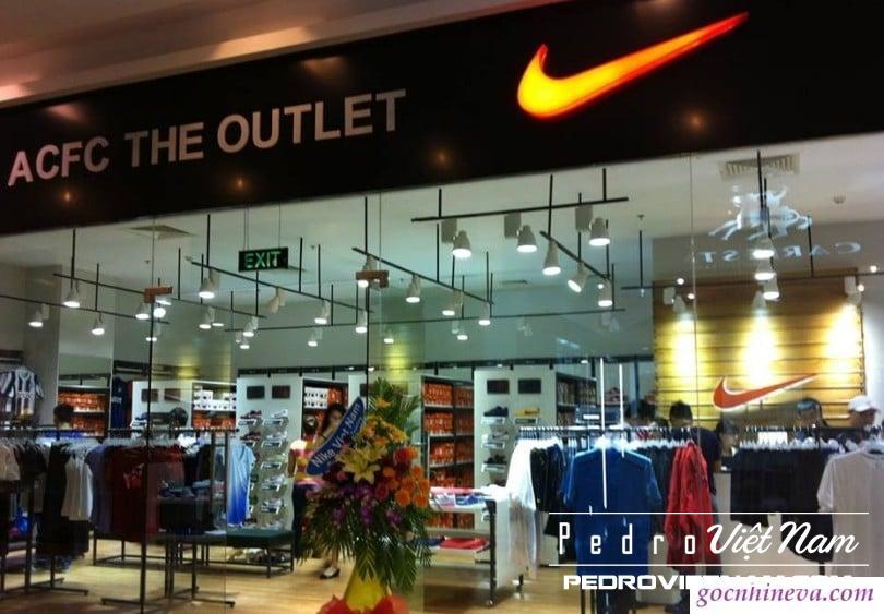Mua giày Nike chính hãng ở đâu tại Hà Nội