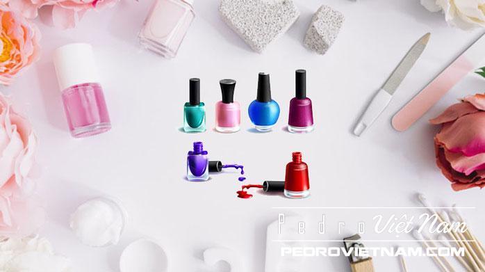 Mặc dù được cho là không độc hại, các thương hiệu lớn vẫn đang nỗ lực sản xuất sơn móng tay không hóa chất
