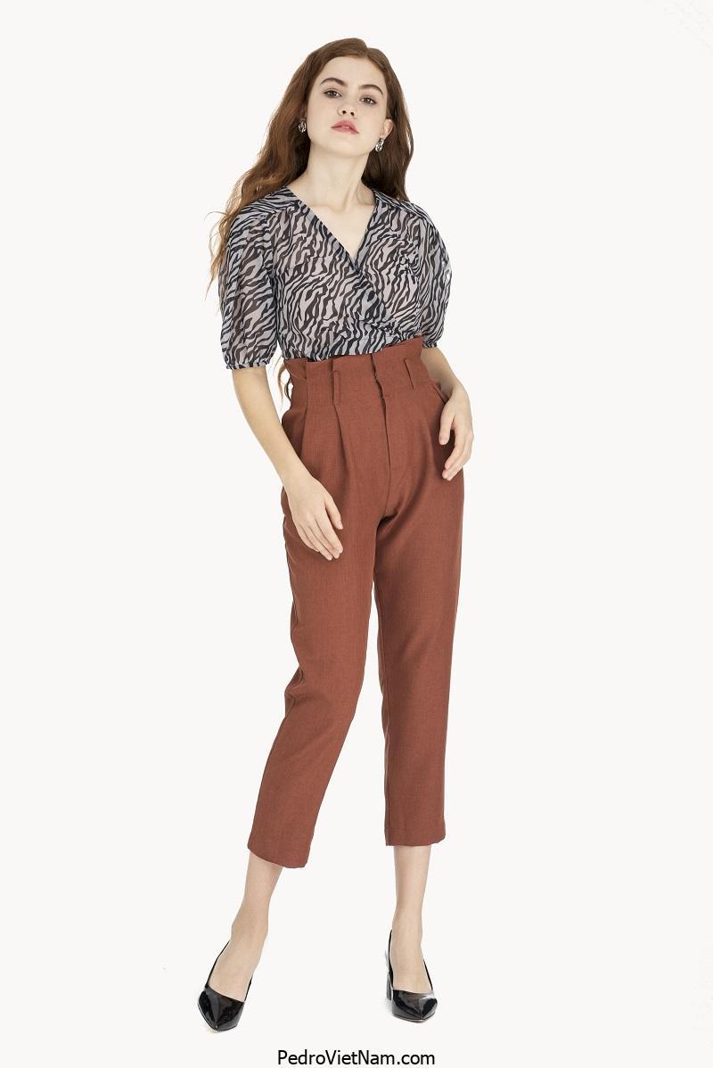 Cách phối đồ với quần ôm dáng hợp thời trang hiện nay