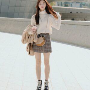 Áo len kết hợp chân váy chữ A cực xinh siêu ngầu và chất xuống phố