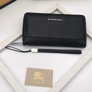 6 mẫu ví nam Burberry chính hãng giá tốt mà lại cực chất