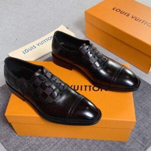 Điểm danh 6 mẫu giày Louis Vuitton nam chính hãng đang được bán tại Việt Nam