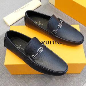 Địa chỉ mua giày Louis Vuitton chính hãng uy tín tại Sài Gòn