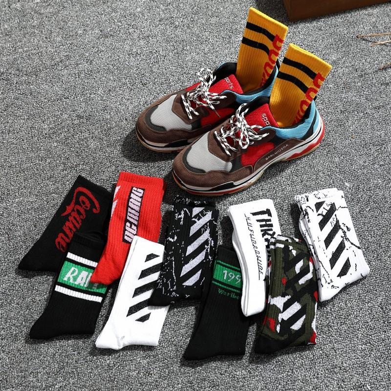 Bật Mí Những Cách Chọn Tất Cho Giày Sneaker Mà Bạn Nên Biết
