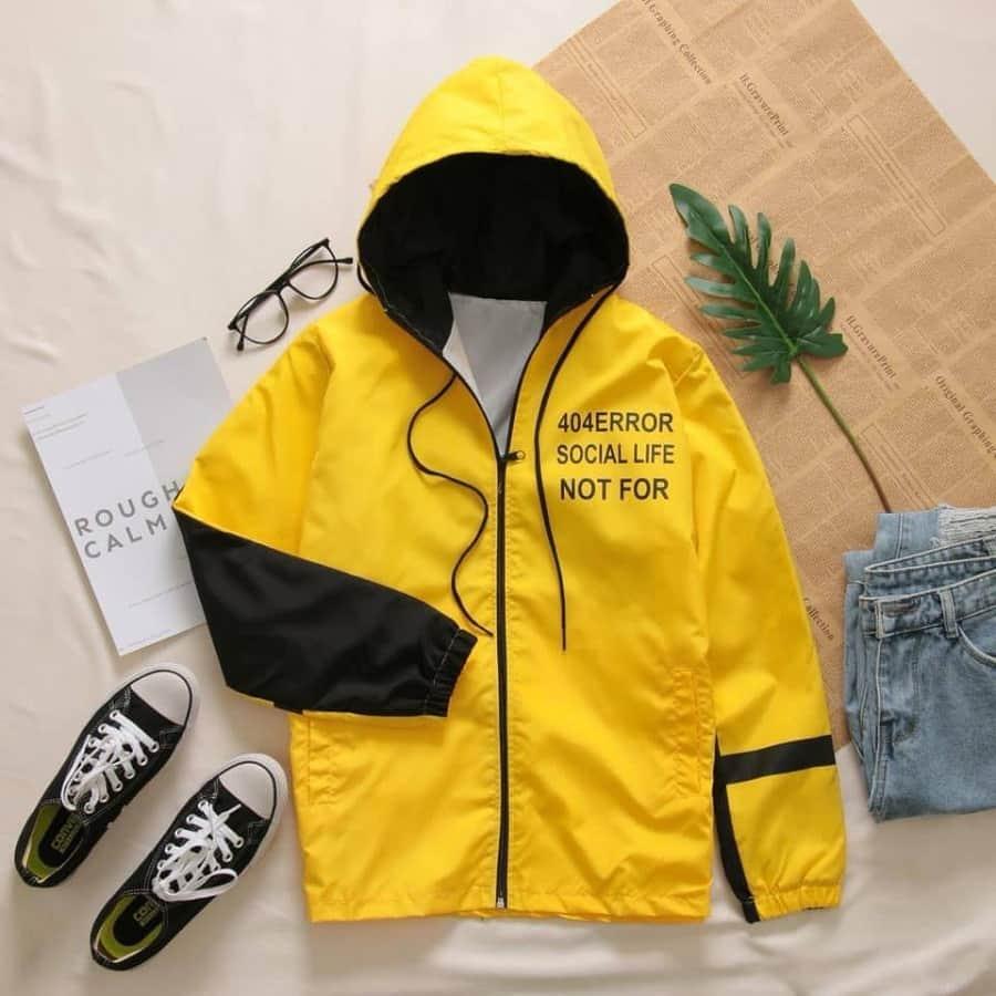 áo khoác dù vàng