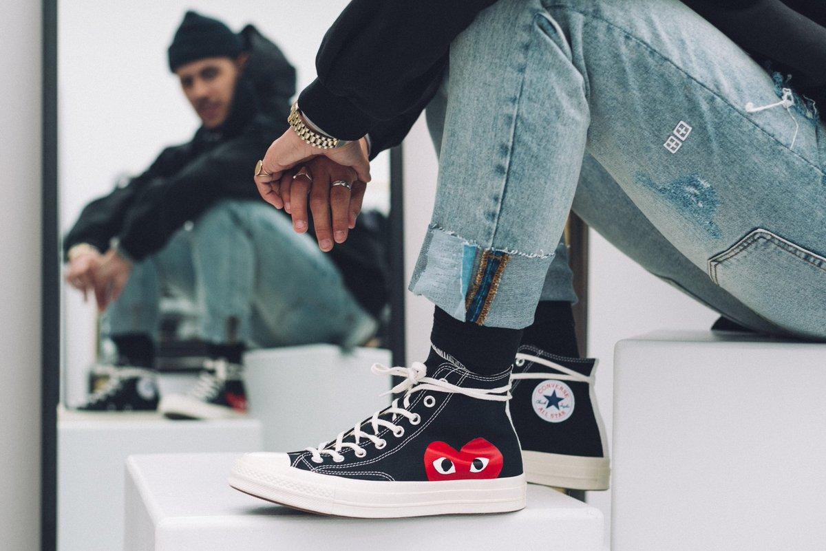 Phối cùng giày Converse