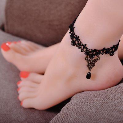 Hình xăm ở chân cho nữ (41)
