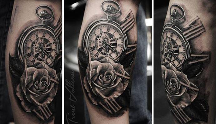 Đồng hồ La Mã hình xăm