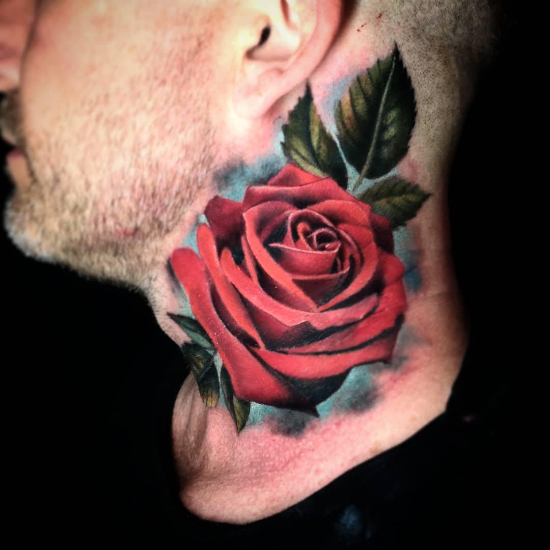 Hình xăm hoa hồng trên cổ