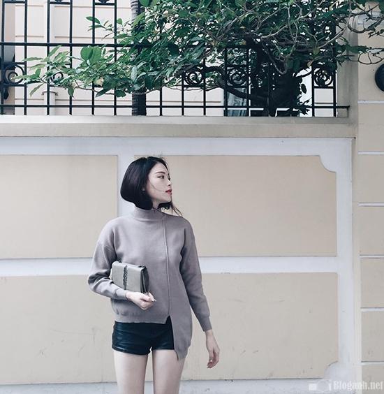 cách chụp ảnh tạo hình ngôi nhà cô gái tạo dáng áo nâu