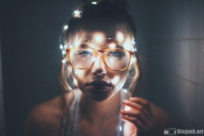 đèn flash, khuôn mặt, cô gái