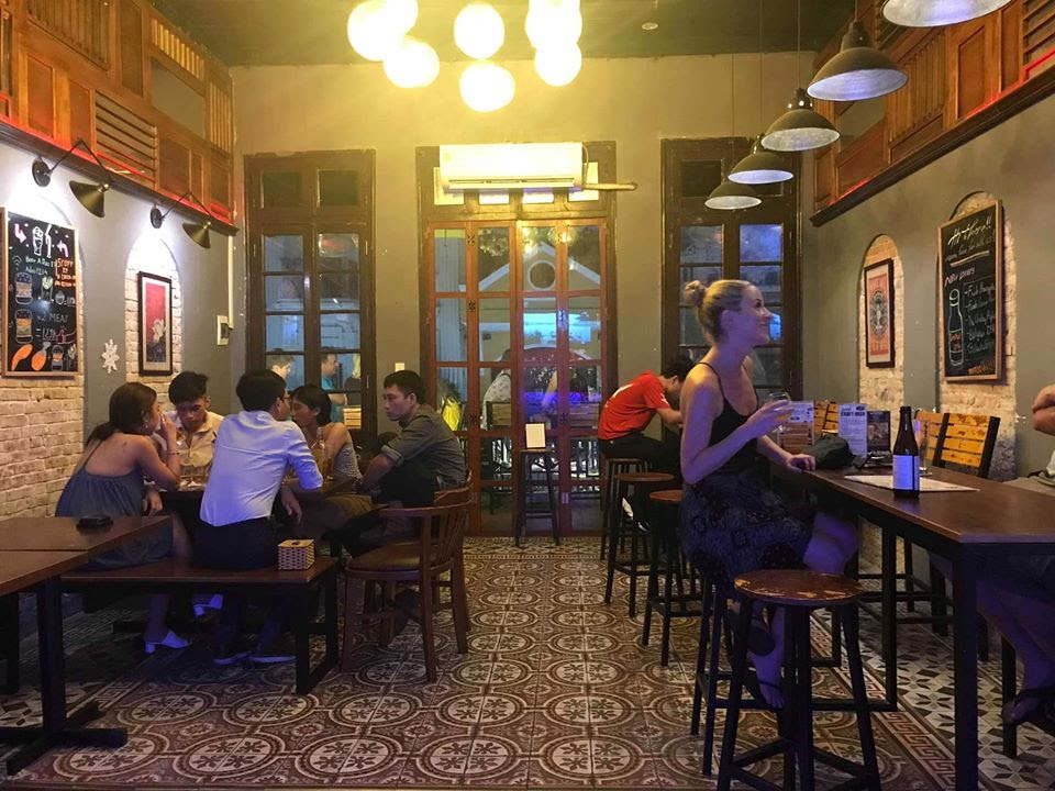 Bia A Đào là địa điểm lý tưởng cho những cuộc vui bất tận cùng bạn bè