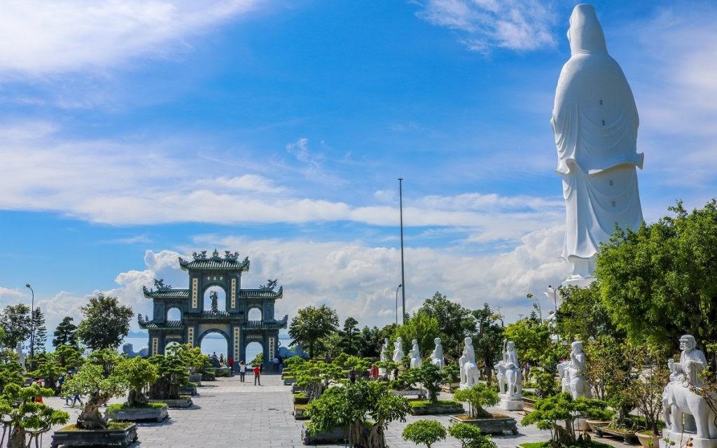 Sao Hàn checkin ở Đà Nẵng - Hội An