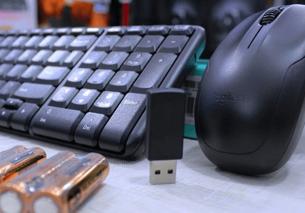thời lượng pin bàn phím không dây