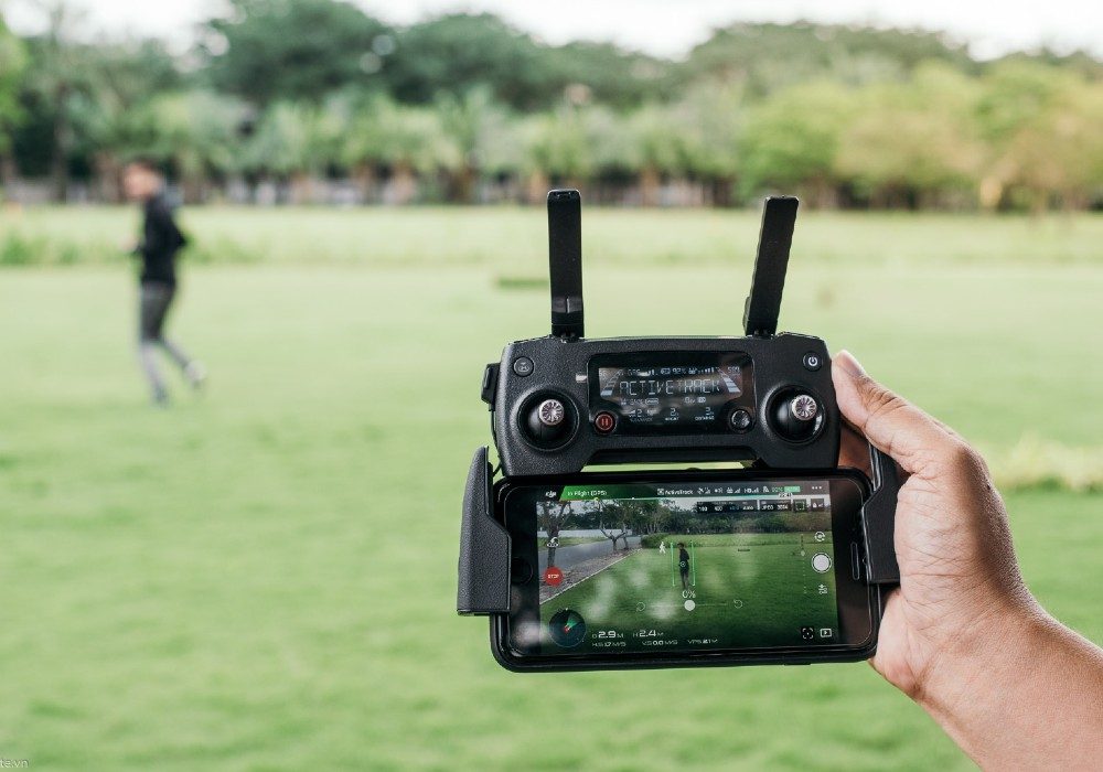 flycam điều khiển từ xa