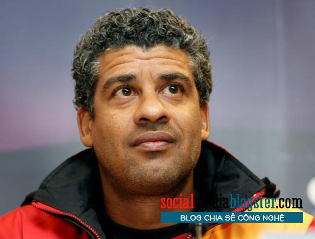 Huấn luyện viên Frank Rijkaard.