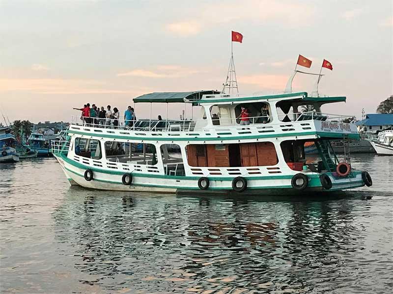 tour-lan-ngam-san-ho-nam-dao-phu-quoc-
