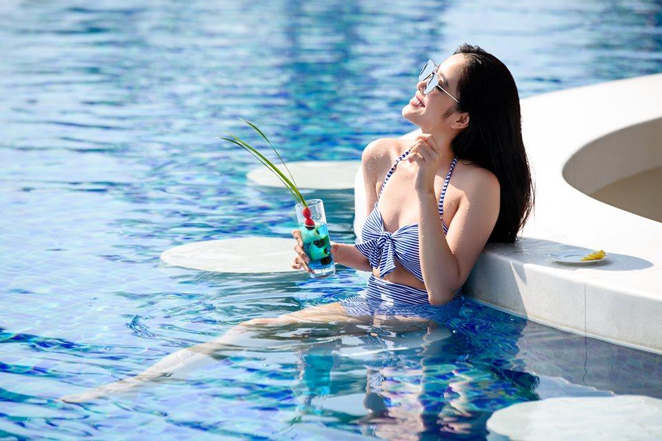 Hồ bơi ngoài trời giải trí tại Novotel Phu Quoc Resort