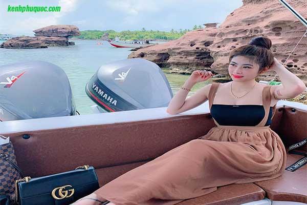 Thuê ca nô Phú Quốc khám phá 3 đảo và 4 đảo Phú Quốc
