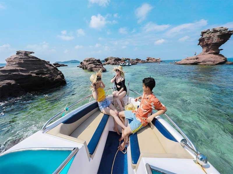 review-chuyen-di-phu-quoc-4-ngay-3-dem-o-vinoasis-phu-quoc-resort-1