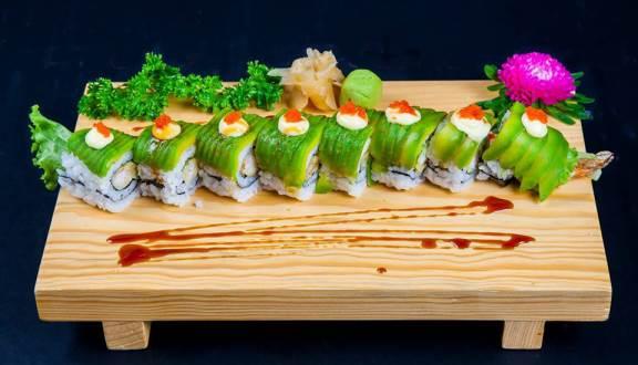 Sushi đặc biệt tại nhà hàng nổi tiếng quận 7