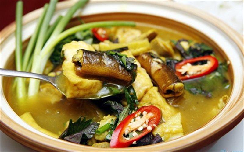 Lươn nấu chuối đậu tại Hàm Nghi Quán