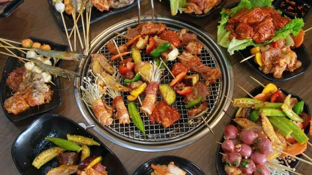 Nướng Lang Thang - Buffet xiên que và lẩu