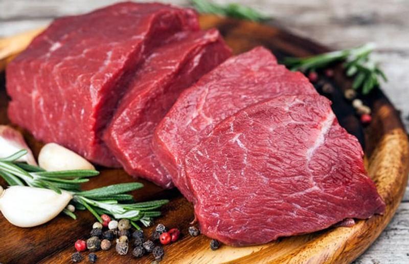 Chọn thịt bò tươi mềm để món bún ngon hơn