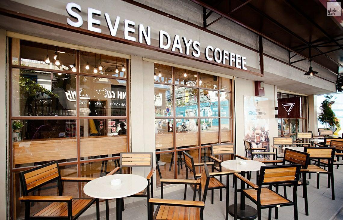 Địa điểm tụ tập, họp nhóm đầy tình cảm tại Seven Days Coffee