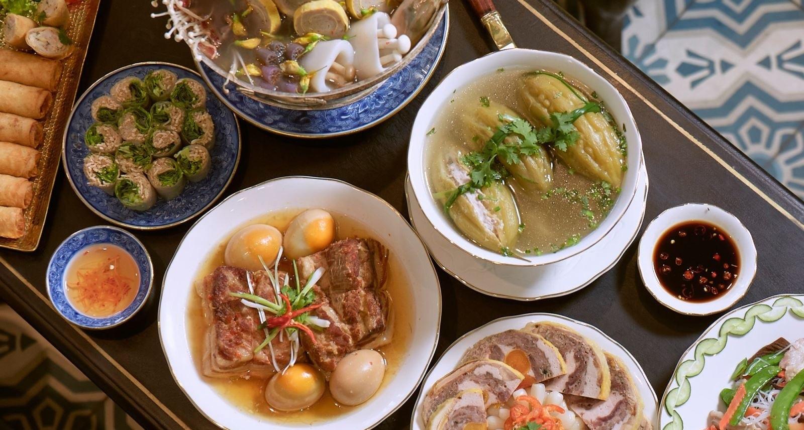 Món ăn ngày Tết miền Trung