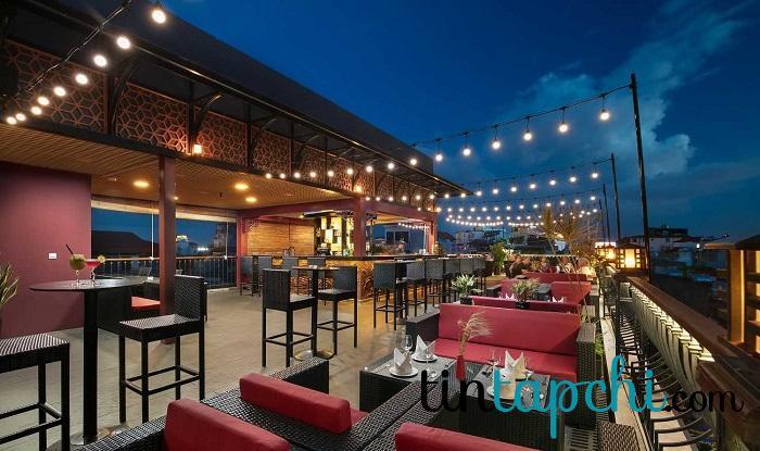 Thưởng thức quán bar trên sân thượng Hà Nội