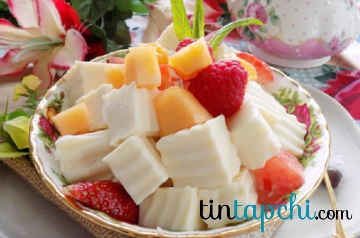 sữa chua với hoa