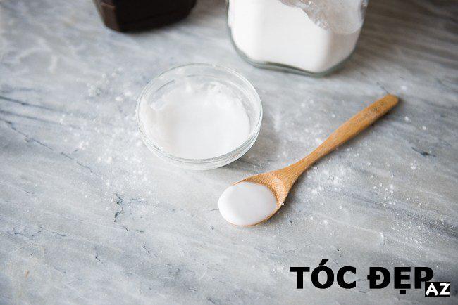 Baking soda kết hợp dầu dừa giúp loại bỏ mụn đầu đen