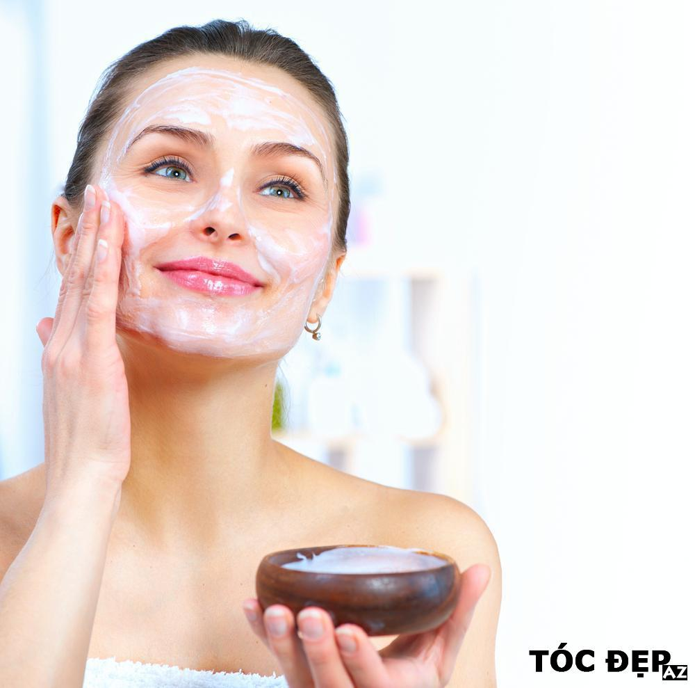 Baking soda giúp làm sạch da nhờ tính axit của nó