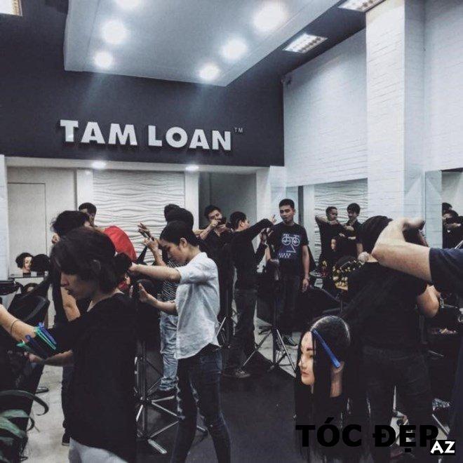 Tiệm cắt tóc Tam Loan