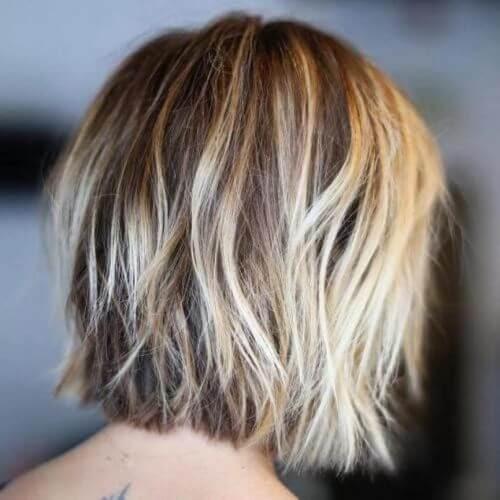 Tóc ngắn nhiều lớp dành cho nữ tóc mỏng