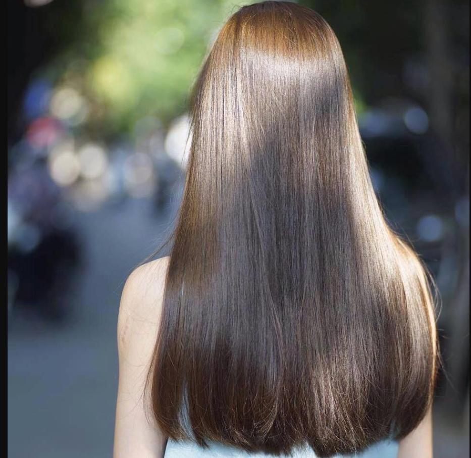 Bổ sung dưỡng chất là cách phục hồi tóc hư tổn.