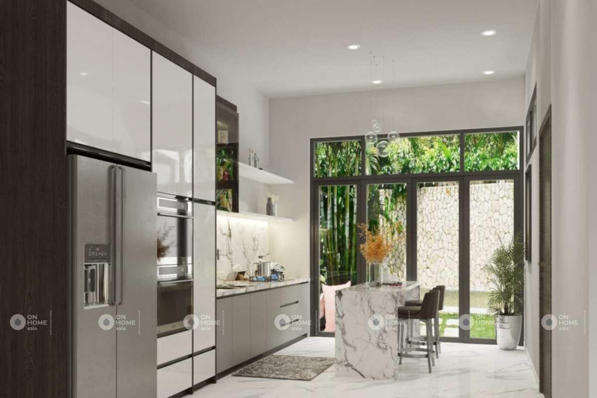 Phòng bếp nhà phố rộng rãi và thoáng mát