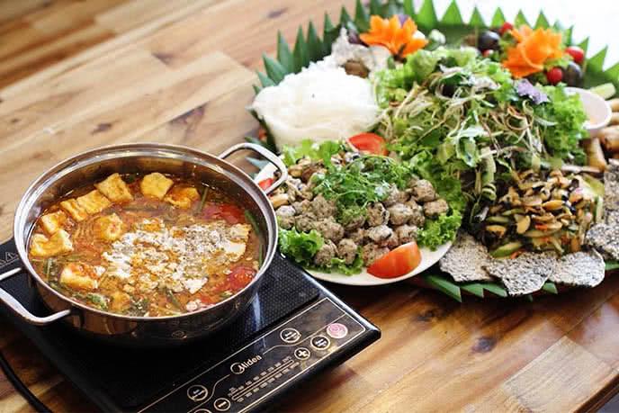 Top 10 nhà hàng ngon nhất Hà Nội nên thử một lần trong đời.