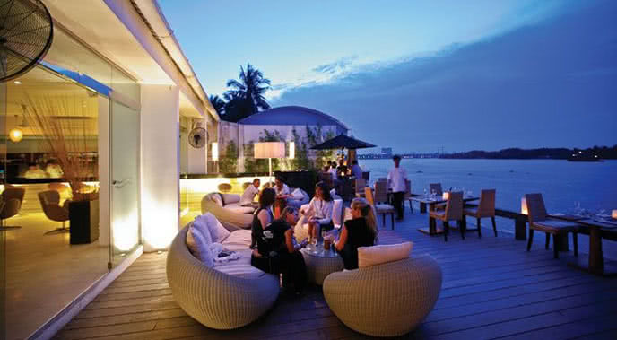 Top 10 nhà hàng Âu ngon nổi tiếng nhất Sài Gòn Ảnh 6