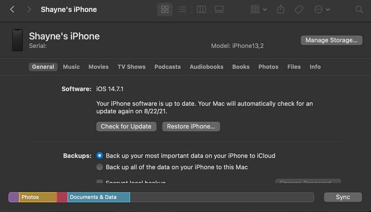 Kiểm tra phiên bản iOS qua Mac