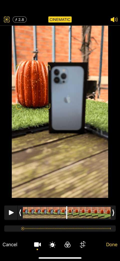 Cách điều chỉnh chế độ Cinematic trên iPhone 13