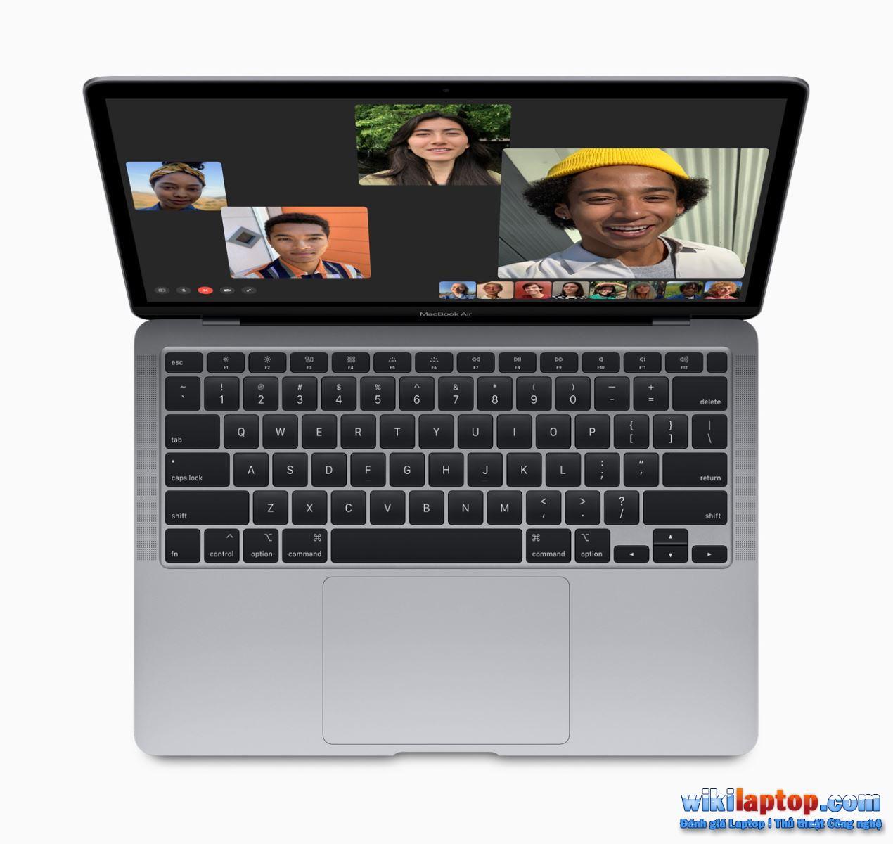Sforum - Apple_new-macbook-air-facetime-screen_03182020 MacBook Air 2020 và MacBook Pro 13 inch 13 inch: Tùy chọn nào phù hợp với chi phí và nhu cầu?