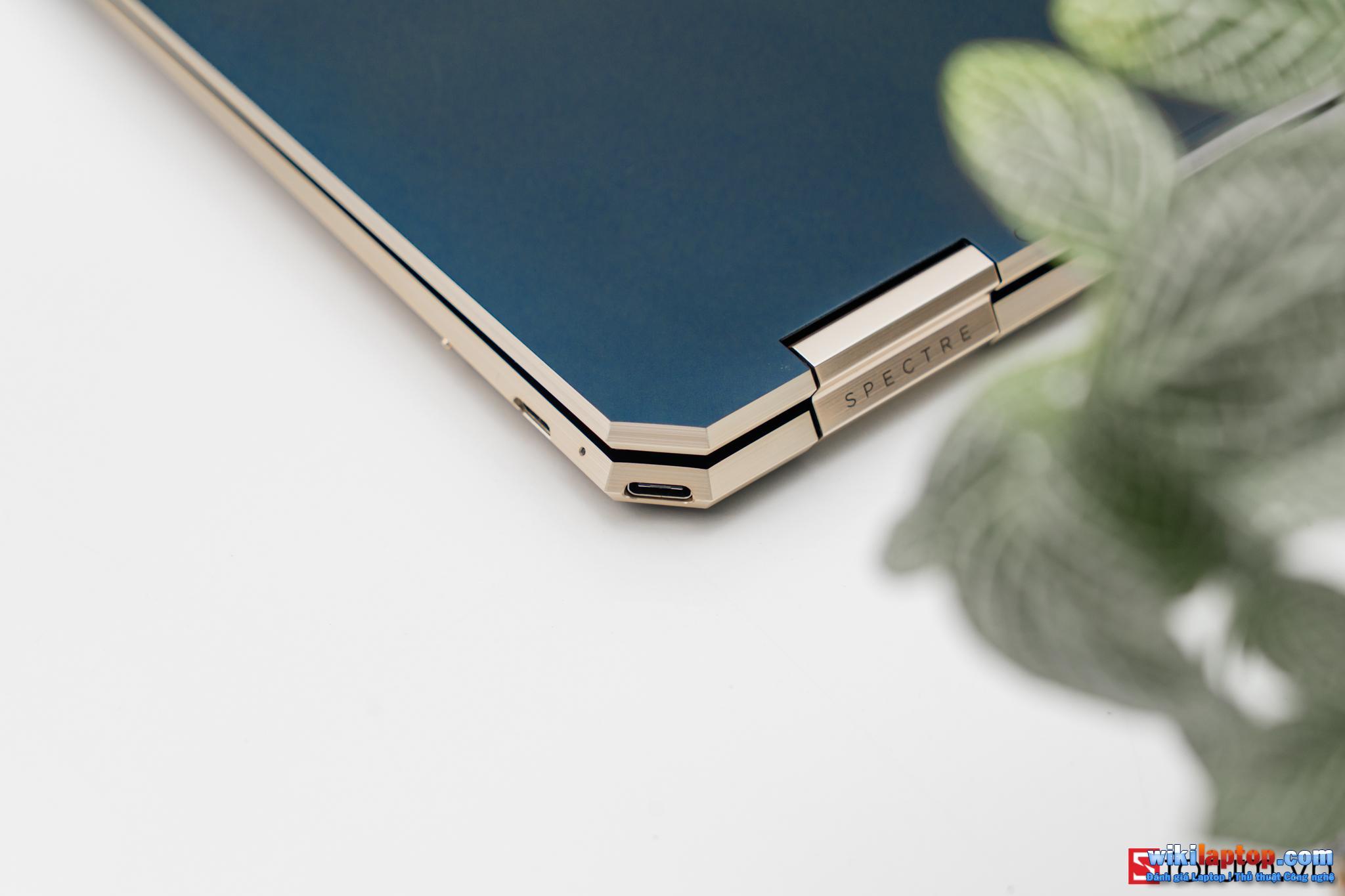 Sforum - Trang thông tin công nghệ mới nhất CPS-HP-Specter-X360-13-66 Đánh giá chi tiết HP Spectre x360 13: Cái gì bên trong một chiếc Laptop có giá gần 50 triệu HP?