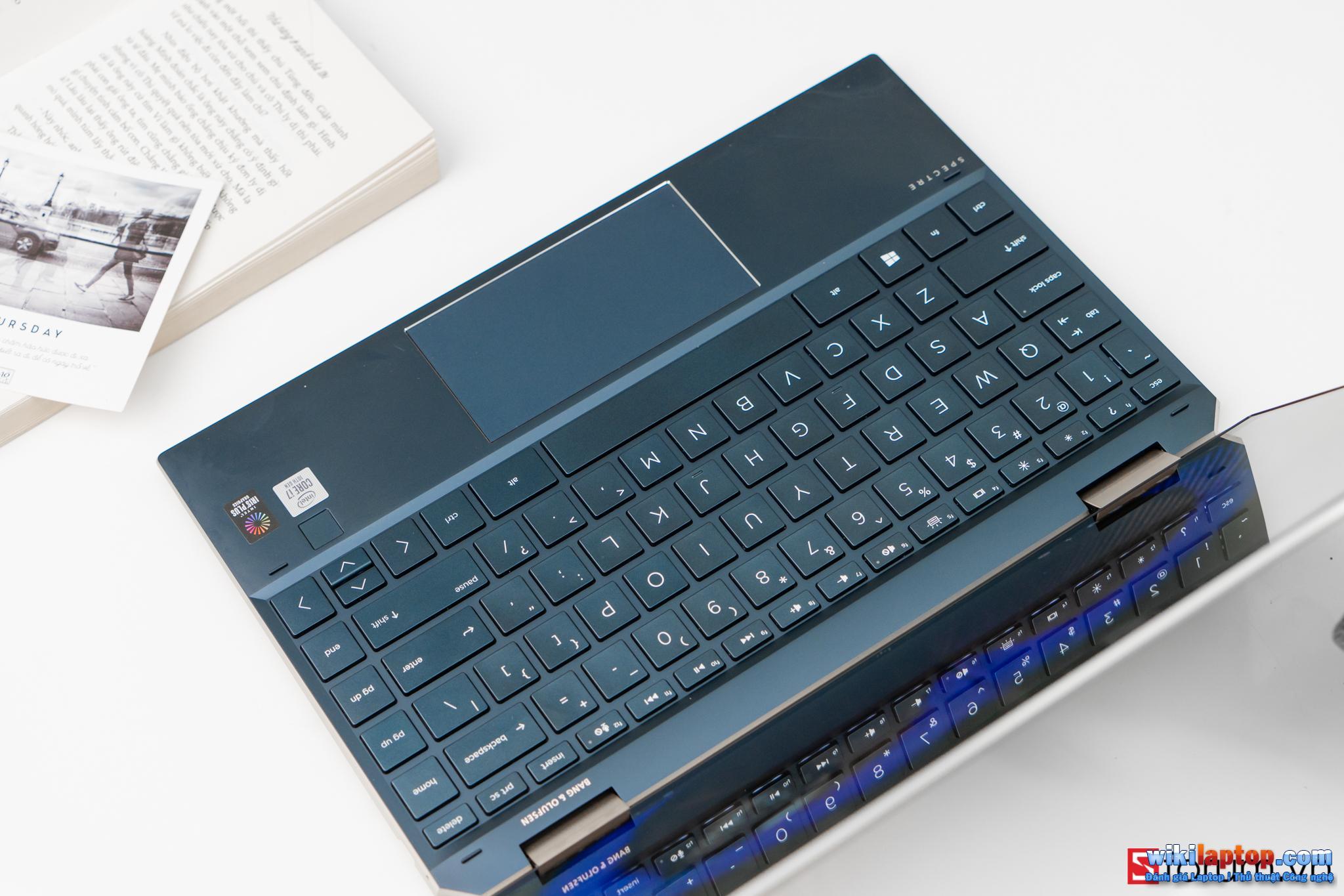 Sforum - Trang thông tin công nghệ mới nhất CPS-HP-Spectre-X360-13-54 Đánh giá chi tiết HP Spectre x360 13: Cái gì bên trong một chiếc Laptop có giá gần 50 triệu HP?