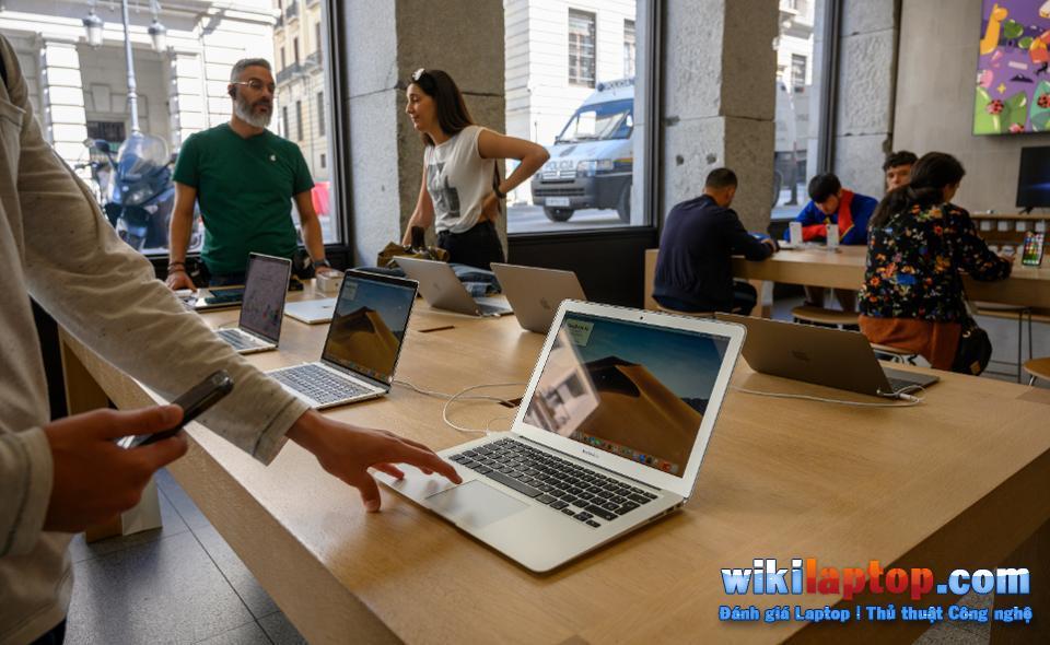 Sforum - Trang thông tin công nghệ mới nhất macbook-bao-hanh-1 Nó cũng có cấu hình cao, nhưng tại sao Laptop chơi game không phổ biến như Macbook Pro?